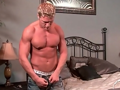 Hot muscular tow-haired baffle takes a sexy shower